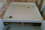 How to Set up a Shower Tray Image