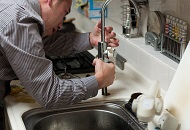 Install a Single-Handle Kitchen Faucet in London Image