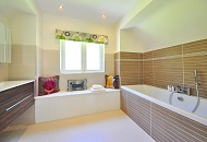 How to Install Walk-in Bathtubs in London Image